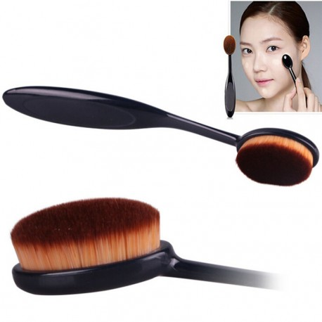 maquillage poudre brosse