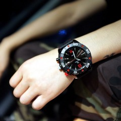 MONTRE V6 SUPER SPEED CHRONO