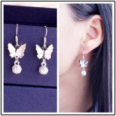 Boucle d'oreille butterfly
