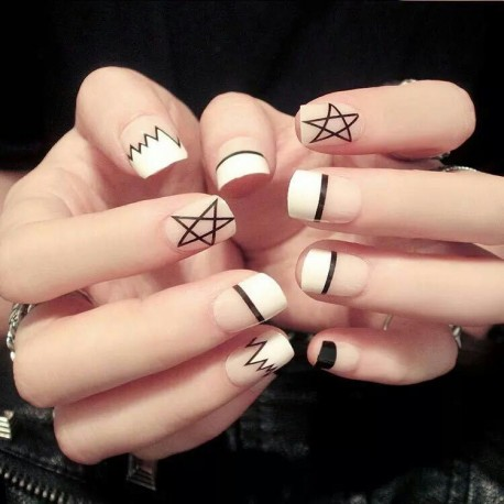 Faux Ongles Design Style Europe