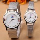 2PCS/TOMMY HILFIGER MONTRE COUPLE